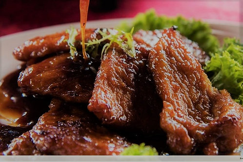 Baked Pork Ribs with Marmite Sauce 妈蜜酱煎黑豚肉