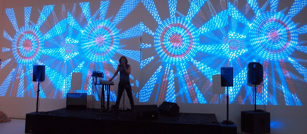 MARTIN REV performing at Mac Val museum, projection video by DIVINE ENFANT, photo by Michel Pozzili