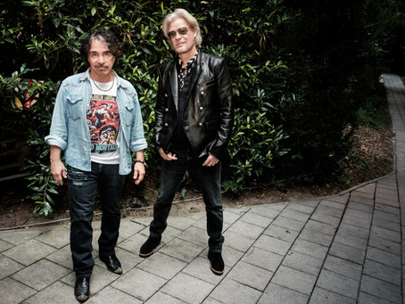 DARYL HALL & JOHN OATES SPECIAL GUESTS SQUEEZE  AND KT TUNSTALL