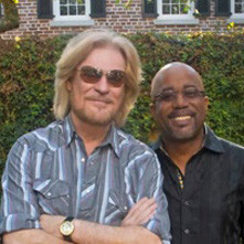 Daryl Hall And Darius Rucker Turn 68th Live From Daryl's House  Into A Soul-Infused Country Tr