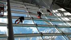 Limpeza-de-vidros-aeroporto-Guarulhos-SP