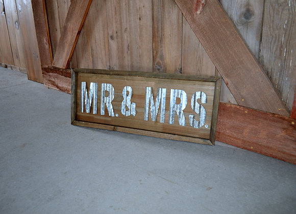Mr. & Mrs. Wood Sign