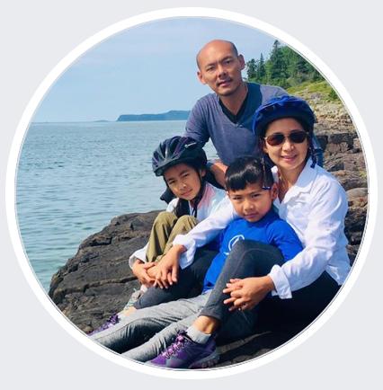YoLo vanlife family