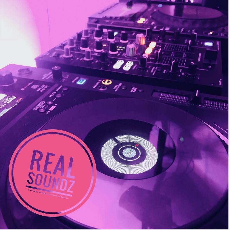 close shot of out DJ kit