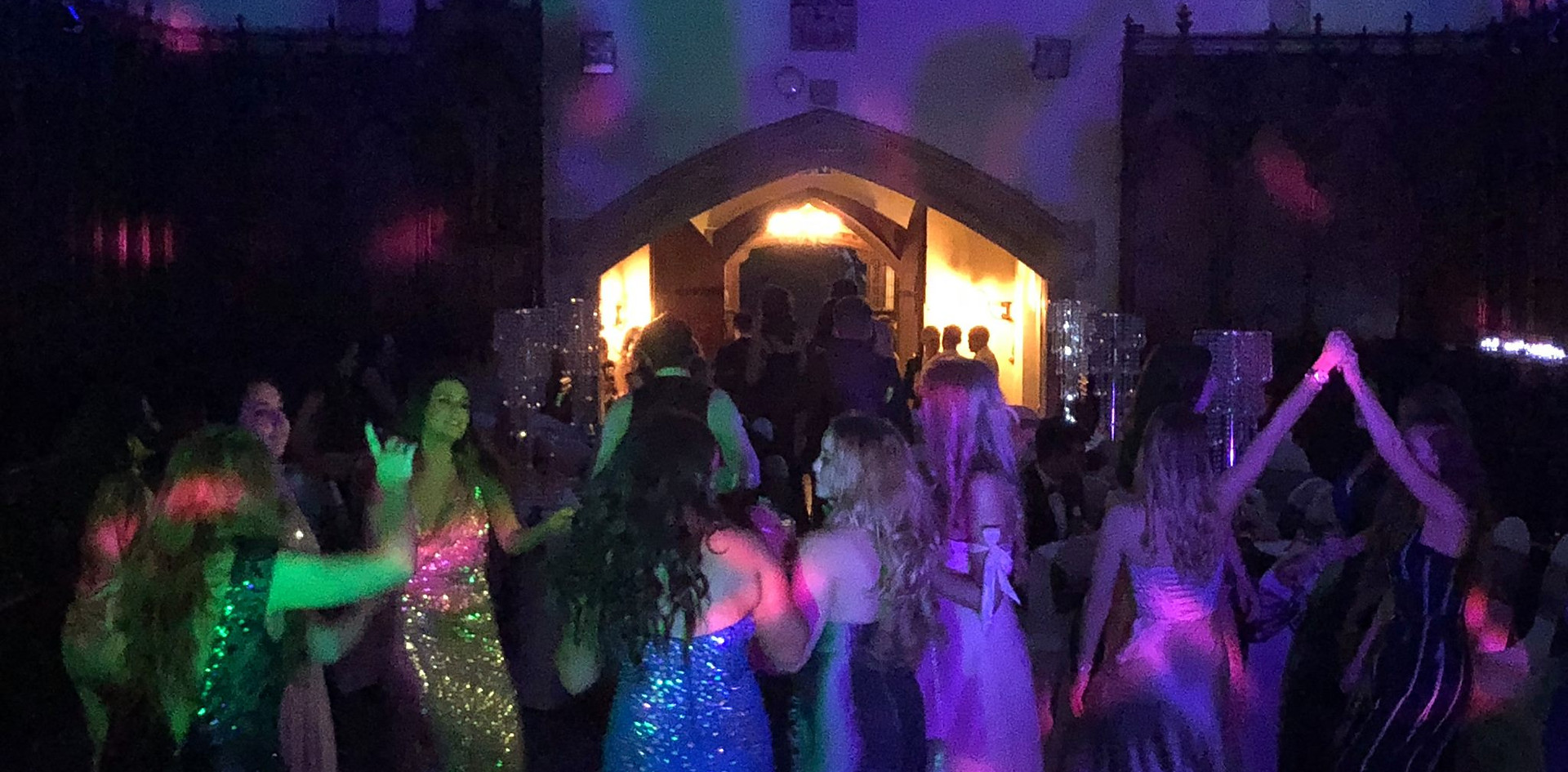 rocking the crowed - Disco Hire in Kent