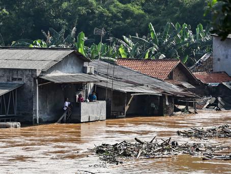 Jakarta - The Sinking City