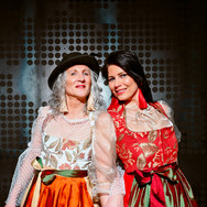trAchtsam_Moderne_Traditionelle_Tracht04