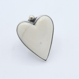R11 Fossil Walrus heart with 18ct gold ball detail ring