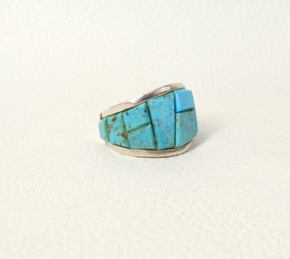 Pascua Yaqui silversmith - blue turquoise cobble stone turquoise inlay set in silver band
