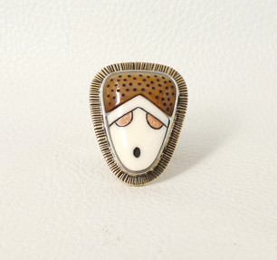 Renowned artist Denise Wallace - scrimshawed  fossil ivory, silver and gold ring