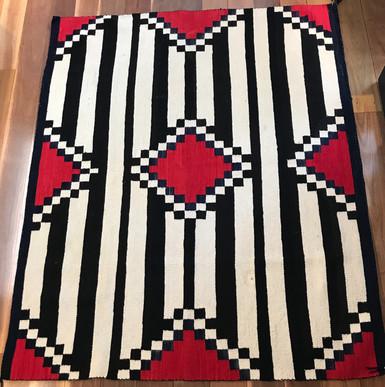 Rug 1930's Chiefs blanket design 6'9x 4'5 1750m x 1420mm