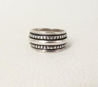 Julian Lovato silver band ring