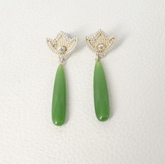 E15. Sterling tulips, 18ct, diamonds and Siberian Jade.