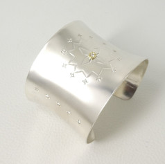 C5. Star design, sterling,18ct and diamonds.
