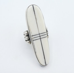 R18 Fossil Walrus Ivory ring