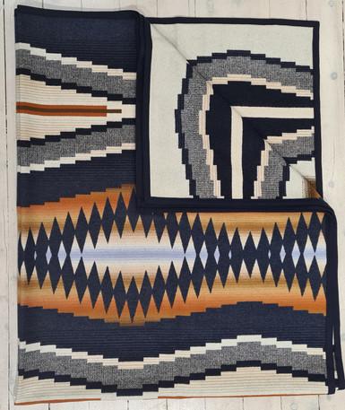 USA Pendleton wool milled blanket- Cresent Bay jacquared robe by Pendleton