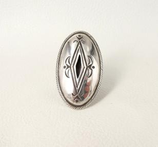 Calvin Martinez Navajo artist - silver oval stamped ring