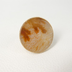 R11. 18ct, large round dentrictic agate with diamond ring