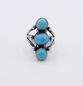 Petite three stone bright blue turquoise and silver vintage Navajo ring.