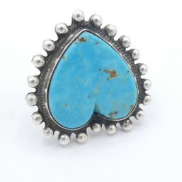 R26 Morenci Turquoise heart ring with silver ball detail