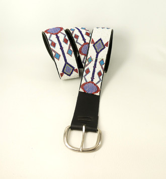 Early Sioux hand beaded belt on leather with buckle