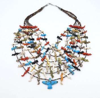 Vintage Zuni carved fetish necklace