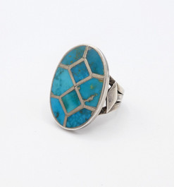 Vintage Zuni channel inlay turqouise and silver ring.
