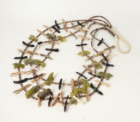 Vintage Zuni three strand animal fetish necklace