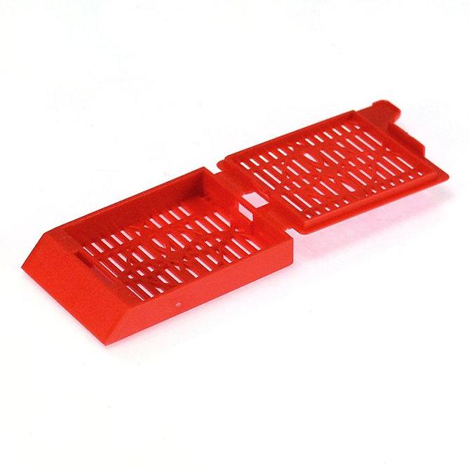 SYSTEM III Beágyazó kazetta - réses  perforációval - piros (fűzött csomagolás, hőnyomtatásra)