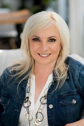 Samantha Riley-3.jpg