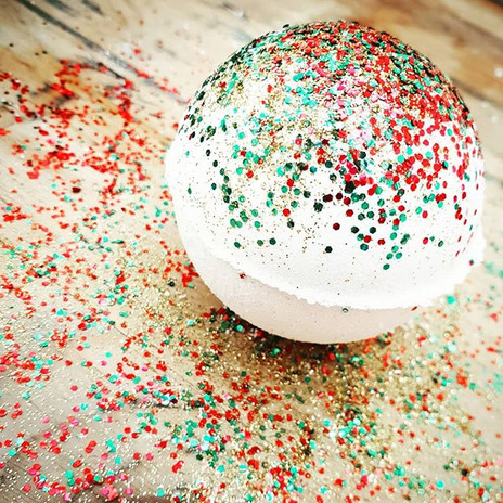 Ourbiodegradable glitter is made from p