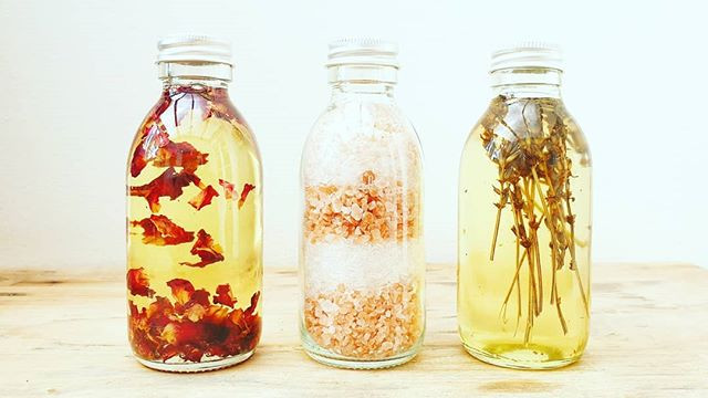 Our range of bath oils & salts are made