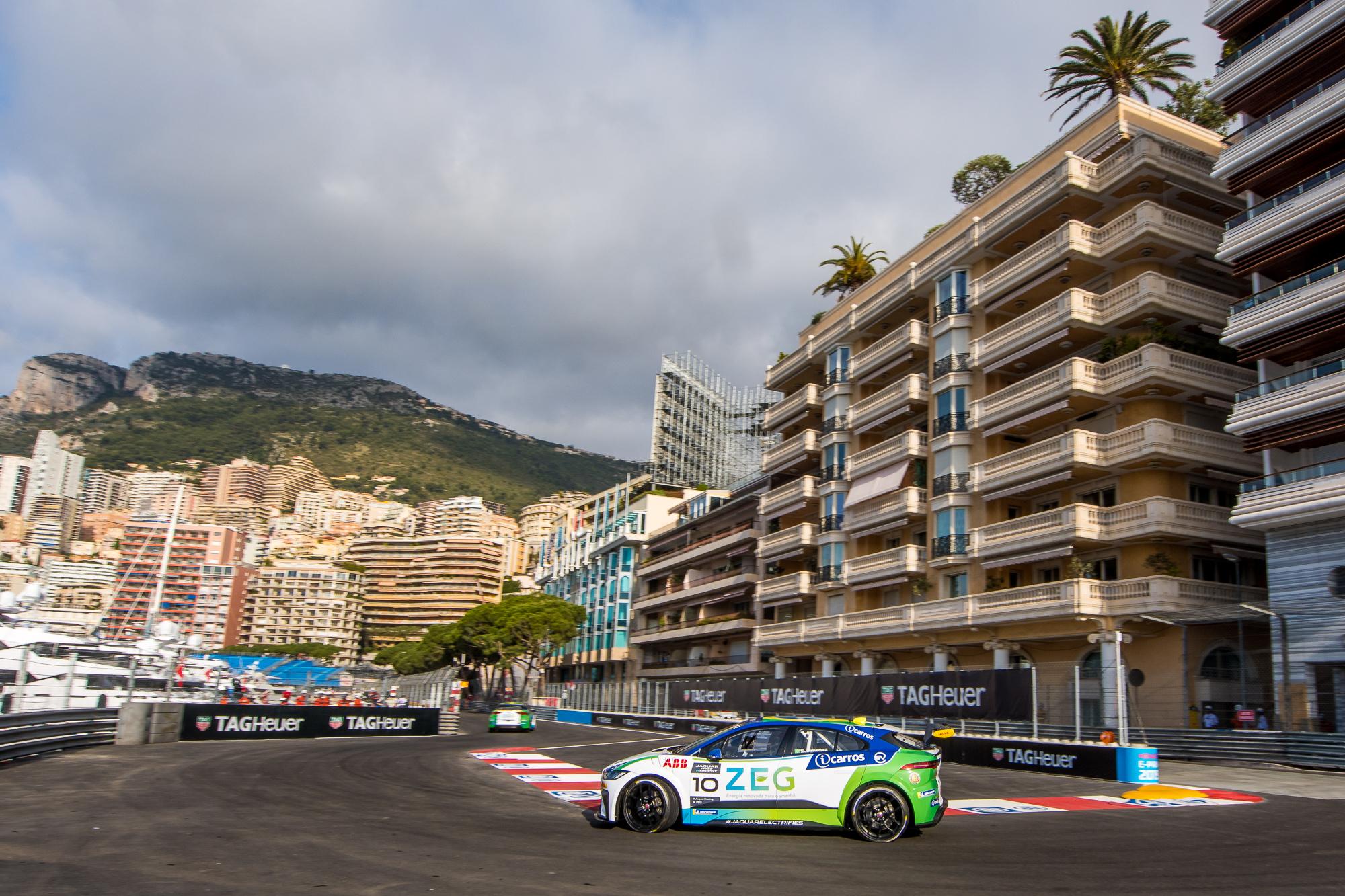 Jaguar_7.Monaco_josemariodias_02002