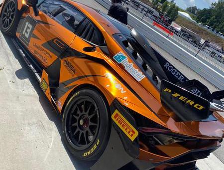 Jimenez encara circuito com uma das curvas mais famosas do mundo no Lamborghini Super Trofeo