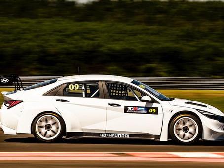 Scuderia CJ estreia no TCR South America com Sérgio Jimenez e Beto Monteiro