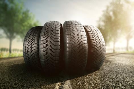 Para segurança no trânsito a pressão correta dos pneus é essencial