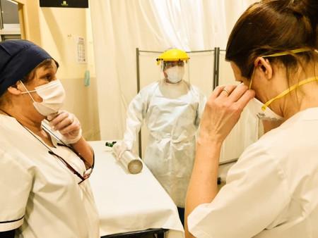 La guardia del Hospital: la lucha en primera persona contra el covid-19