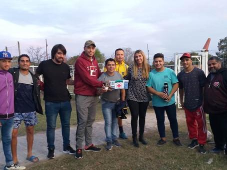 La Agrupación Jorge Varela donó botiquines a distintos clubes de barrio