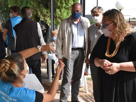 Concejales de Juntos por el Cambio visitaron el centro de vacunación de la UNLU