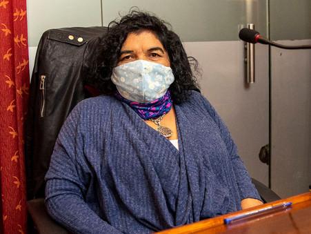 """""""Romano ahora quiere vacunar en las plazas en vez de usar los centros de salud de los barrios"""""""