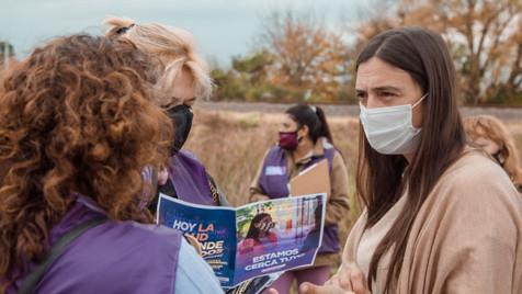 """""""Detectar Educación"""": Elisa Abella acompañó a promotoras barriales por San Cayetano y Santa Lucía"""