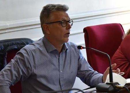 Axel Cantlon reafirmó su postura sobre el acceso a la información pública