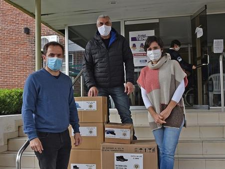 Personal no docente y directivos de la UNLu donaron elementos al hospital San José