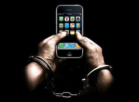 El Tribunal de Casación Bonaerense autorizó el uso de celulares en todas las cárceles bonaerenses