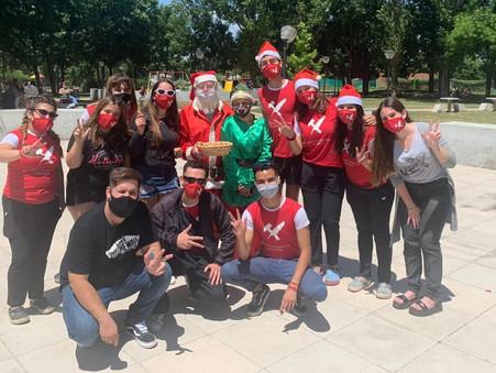 La Juventud Radical y Papá Noel visitaron Otamendi en vísperas de Navidad
