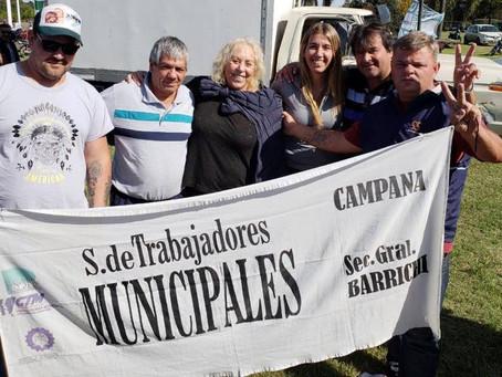 La Agrupación Jorge Varela acompañó a los trabajadores en la rotonda de Zárate