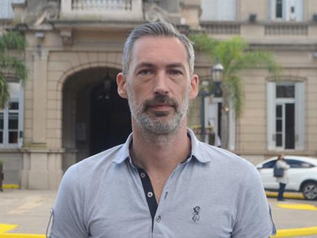 """''Los políticos profesionales viven ajenos a la  realidad del día a día de los argentinos"""""""