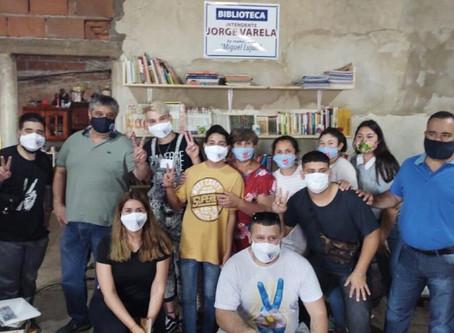 Inauguran biblioteca popular ''Intendente Jorge Varela'' en comedor del B° San Cayetano