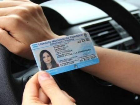 Alertan sobre trámites falsos para obtener la Licencia de Conducir