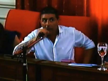 Fuerte chicana de Christian Amaya a Osvaldo Fraticelli: ''Ud. tiene mucha experiencia en despidos''